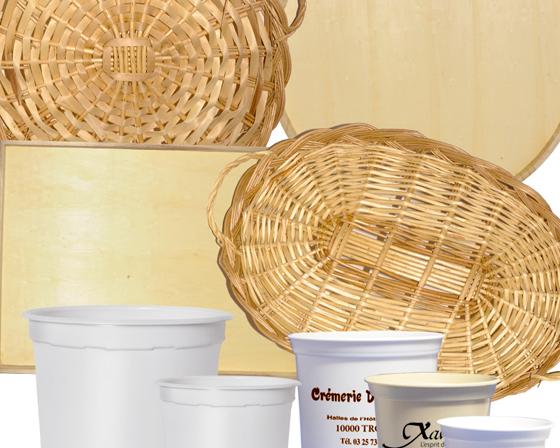 Plateaux en bois, osier ou ardoise - Pots en plastique ou verre